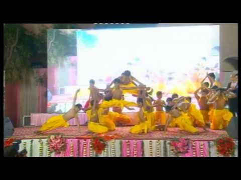 Aarambh Hai Prachand Bol Mastakon Ke Jhund