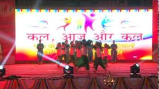 Beete Kal Se Humko Seekh Jana Hai | Kal Aaj Aur Kal |