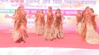 Kalyo Kood Padyo Mele Main – (Rajasthani Folk Dance )